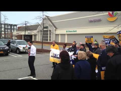 UFCW Local 328 rally in Quincy, Massachusetts