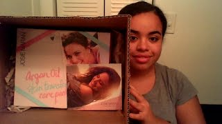 Josie Maran skin transformation care package Unboxing Thumbnail