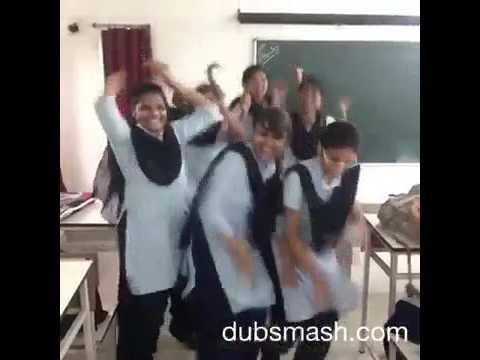 Gadulach pani dance