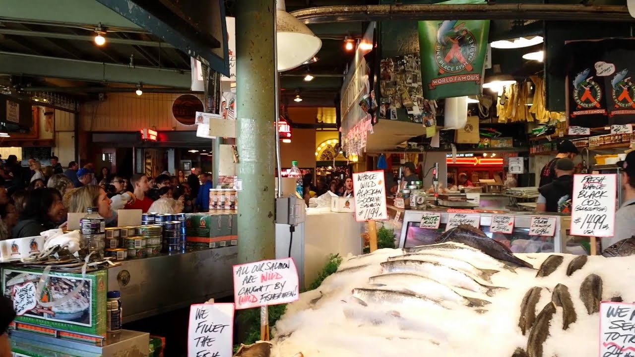 Flying fish pike place market youtube for Pike s fish market