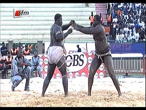 Combat GFM Entertainment: Gris 2 vs Abdoulaye ndiaye - 28 féÂ�vrier 2016 - Intégralité - TFM