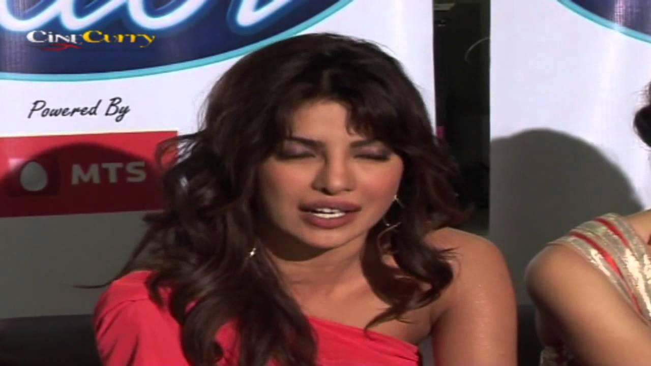 Looks - Basu-ileana Anurag dcruz-priyanka chopra promote barfi video