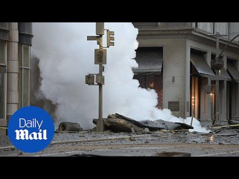 Manhattan steam pipe explosion causes rush hour chaos