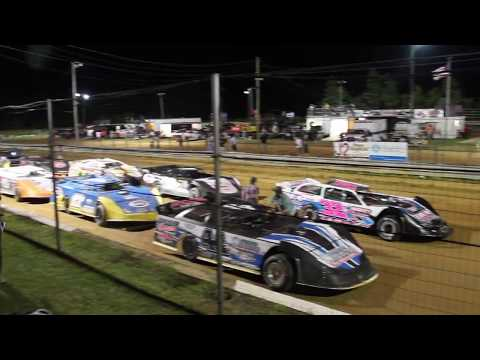 The Daily Advance | Dixieland Speedway | Late Model Two Barrel race