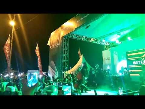 Siti Badriah ( lagi syantik ) Live Pantai Kamali Baubau
