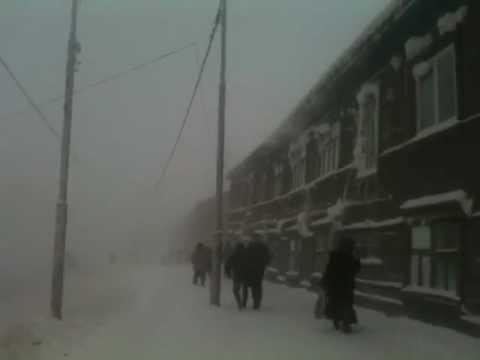 -51С in Yakutsk, Yakutia, Siberia / Russia. Walking. Yakutsk Weather