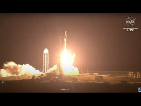 إقلاع صاروخ -سبيس إكس- الأمريكية نحو محطة الفضاء الدولية على متنه أربعة رواد بينهم الفرنسي بيسكيه  - نشر قبل 1 ساعة