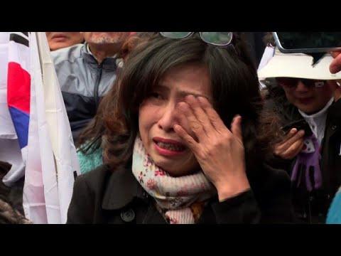 S. Korea: Tears, heartbreak for Park supporters after verdict