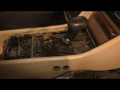 Ремонтируем Mercedes Benz w124 200E. День третий. Ремонт кулисы КПП
