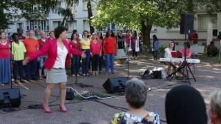 [Vidéo] L'opéra citoyen des Buers chante le Barbier de Séville, de Rossini