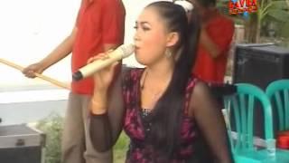 Download lagu Gavra - Bayanganmu Voc Mutiara Zoe