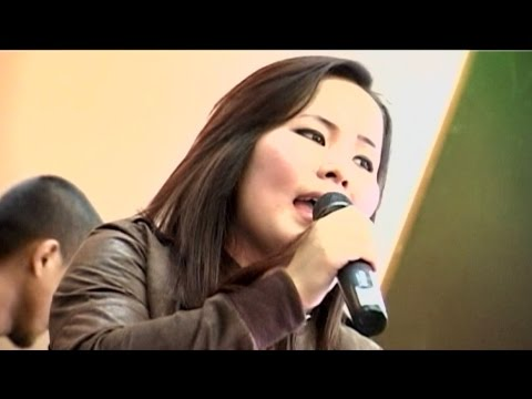 Sangtei Khuptong - Shot Full of Love (Don Williams cover - live )