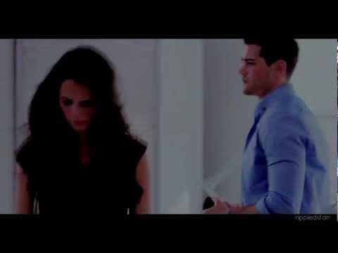 so tell me now (chris/elena) DALLAS 1x01, 1x02