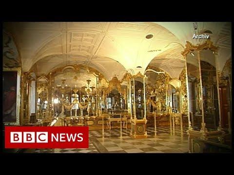 'Priceless' diamond heist captured on CCTV - BBC News