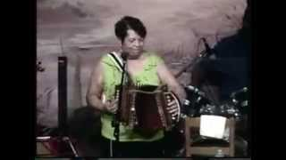 RVdC - Mary Broussard & Sweet La La - La Robe Barree