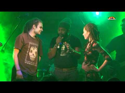 "FANTAN MOJAH & House Of Riddim  ""Hail the King""- Live @ Wrocław Alibi 2012/ Polska"