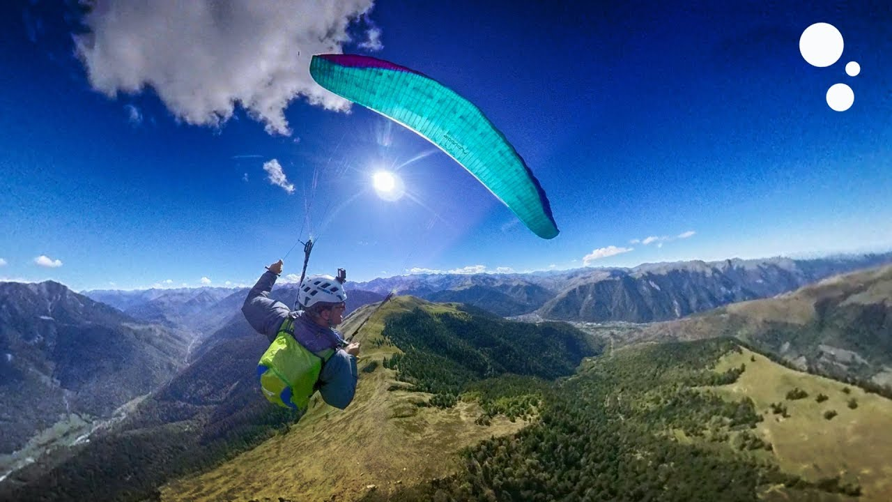 How to Paraglide Safely in the Mountains
