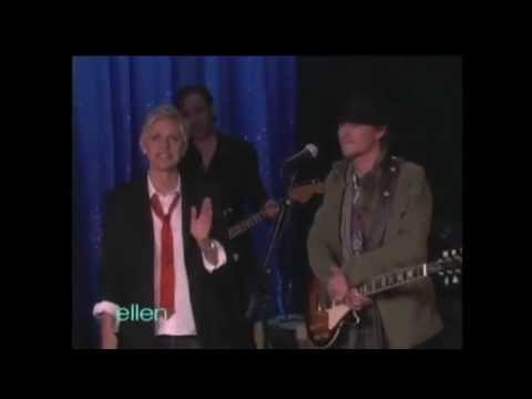 Michael Grimm performs 'Fallin' on The Ellen Show