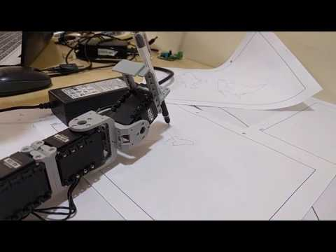Robotic Arm drawing India's map