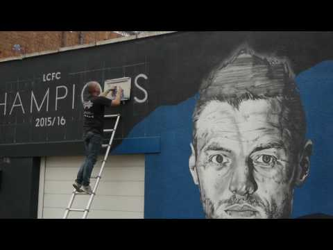 Man with Van and Spray Can  Richard Wilson Documentary  LCFC