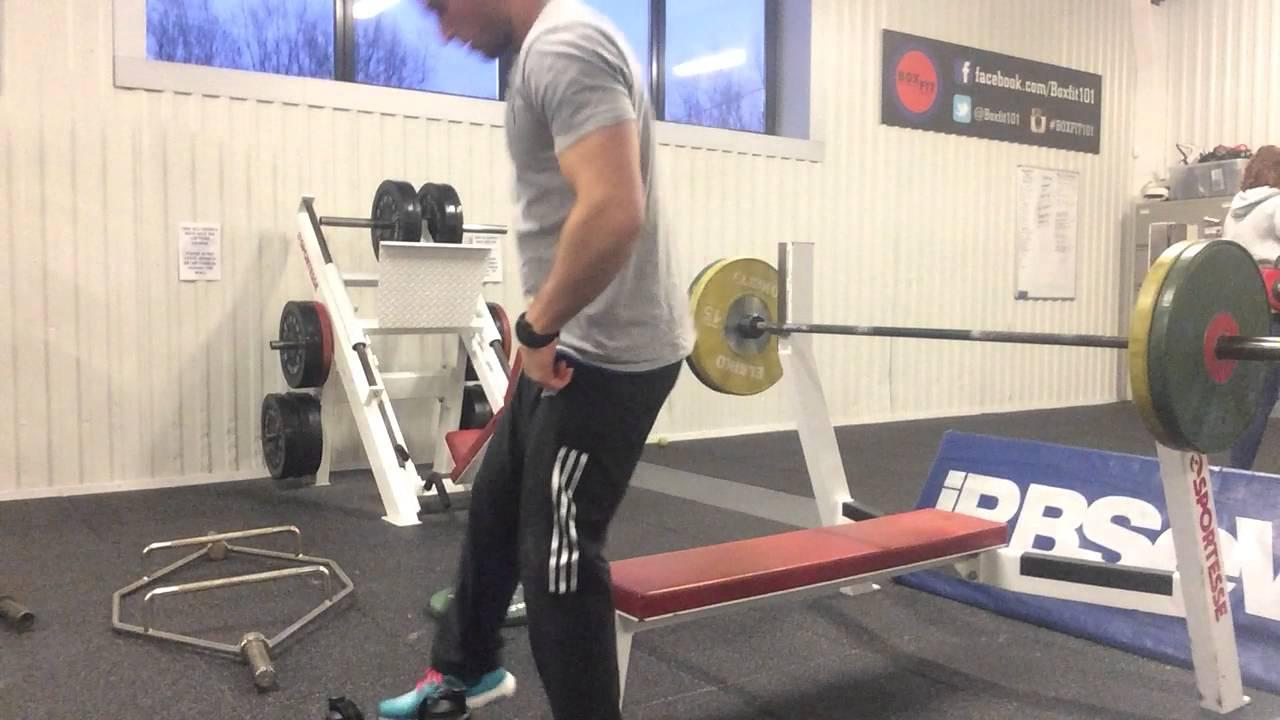 bench press beneficii pierdere în greutate