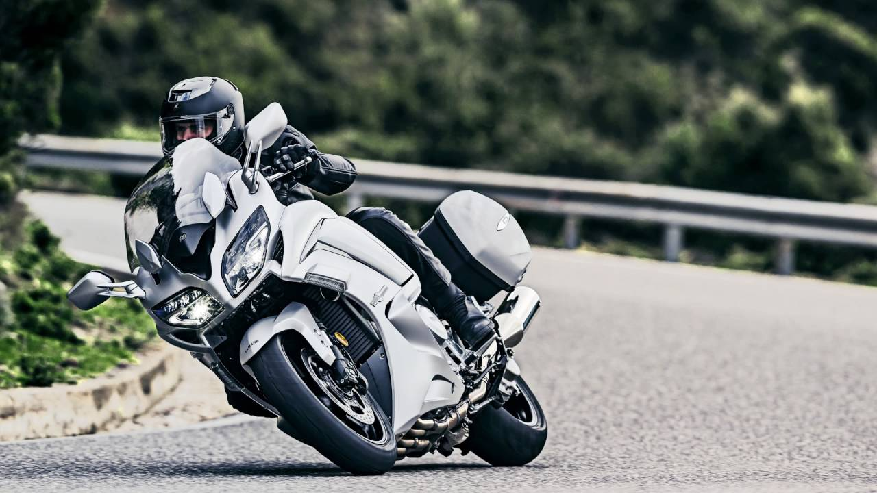 Yamaha Fjr1300 2016 Review Road Test Visordown Motorcycle Reviews You