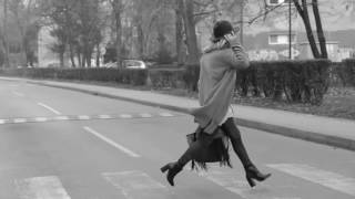 """ЛЮБИМЫЕ СТИХИ. Эдуард Асадов. """"Задумчиво она идёт по улице"""""""