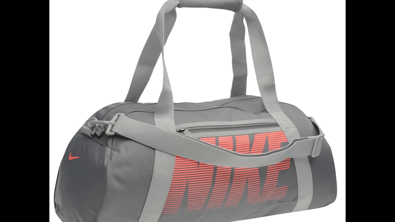 bebf98d1a956 Обзор Сумка спортивная Nike Gym Club Grip Ladies Gymbag - YouTube