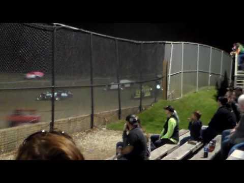 Modified Round 1 Heat 4 @ Marshalltown Speedway 09/16/16