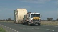 Heavy vehicles : Cobb Highway : Trucking down under
