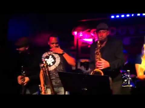 Live music @ Groove NYC Manhattan