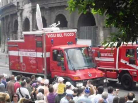 Vigili Del Fuoco Festa Della Repubblica 2 Giugno 2010 Youtube