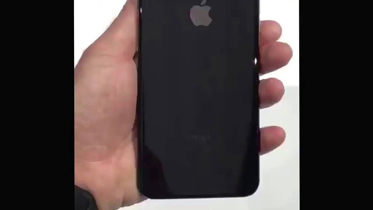 First Look IPhone 7 Plus Jet Black