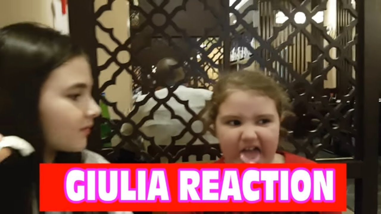 Reactions to the Chinese and Japanese restaurant | Marghe Giulia Kawaii