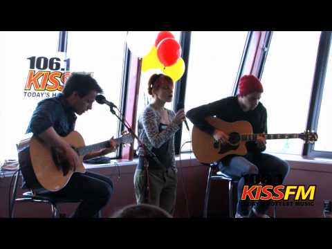 Paramore - The Only Exception (KISS FM Seattle, 12.05.10)