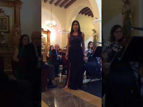 Ambar Colón sings Mozart's La aria de Parmina