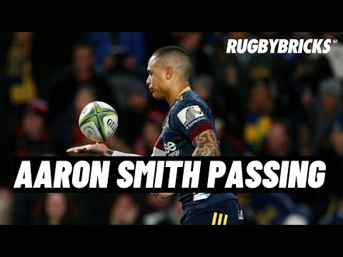 Aaron Smith - Passing Tiger Woods follow through