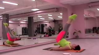 Упражнение для прямой мышцы живота.  Обучение фитнес инструкторов SFC