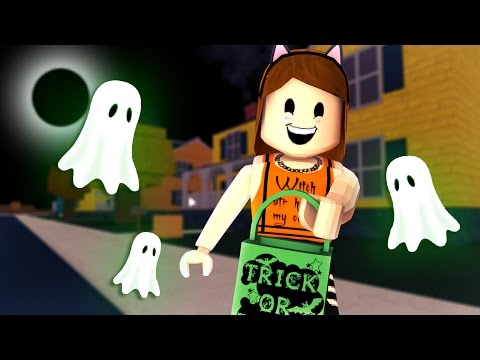 HORROR STORY IN HALLOWSVILLE! | Roblox