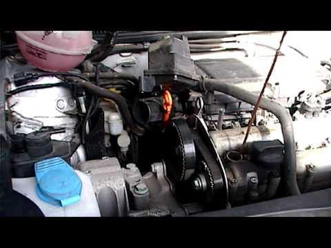 VW GOLF 1,4 16 valve GASOLINE timing belt removal.part 1.