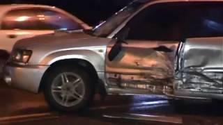 Женщину на пешеходном переходе сбили сразу два автомобиля