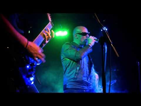 Consonance - Heavy metal machine