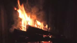 Şömine Ateşi ve Sesi 2 Saat HD Video