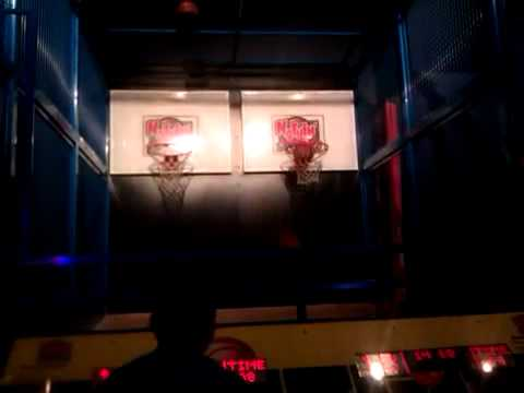 Dave Busters Basketball Shooting Game Youtube