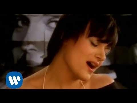 Download Sylwia Wisniewska - 12 lez [Official Music Video]