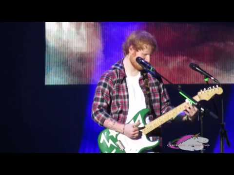 THINKING OUT LOUD - Ed Sheeran Live in Manila 3-12-15