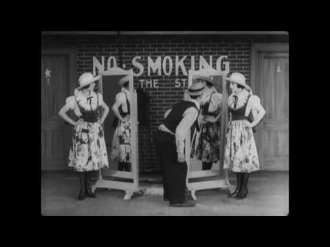 Buster Keaton - The Playhouse (1921)