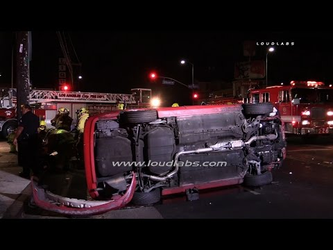 Two Car Traffic Collision @ Western / South LA  RAW FOOTAGE