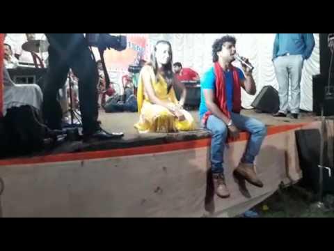 Stage show singer Manish Singh
