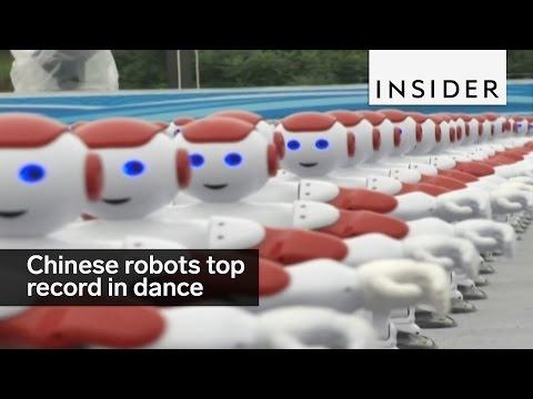 1007 Chinese robots break world record in creepy dance